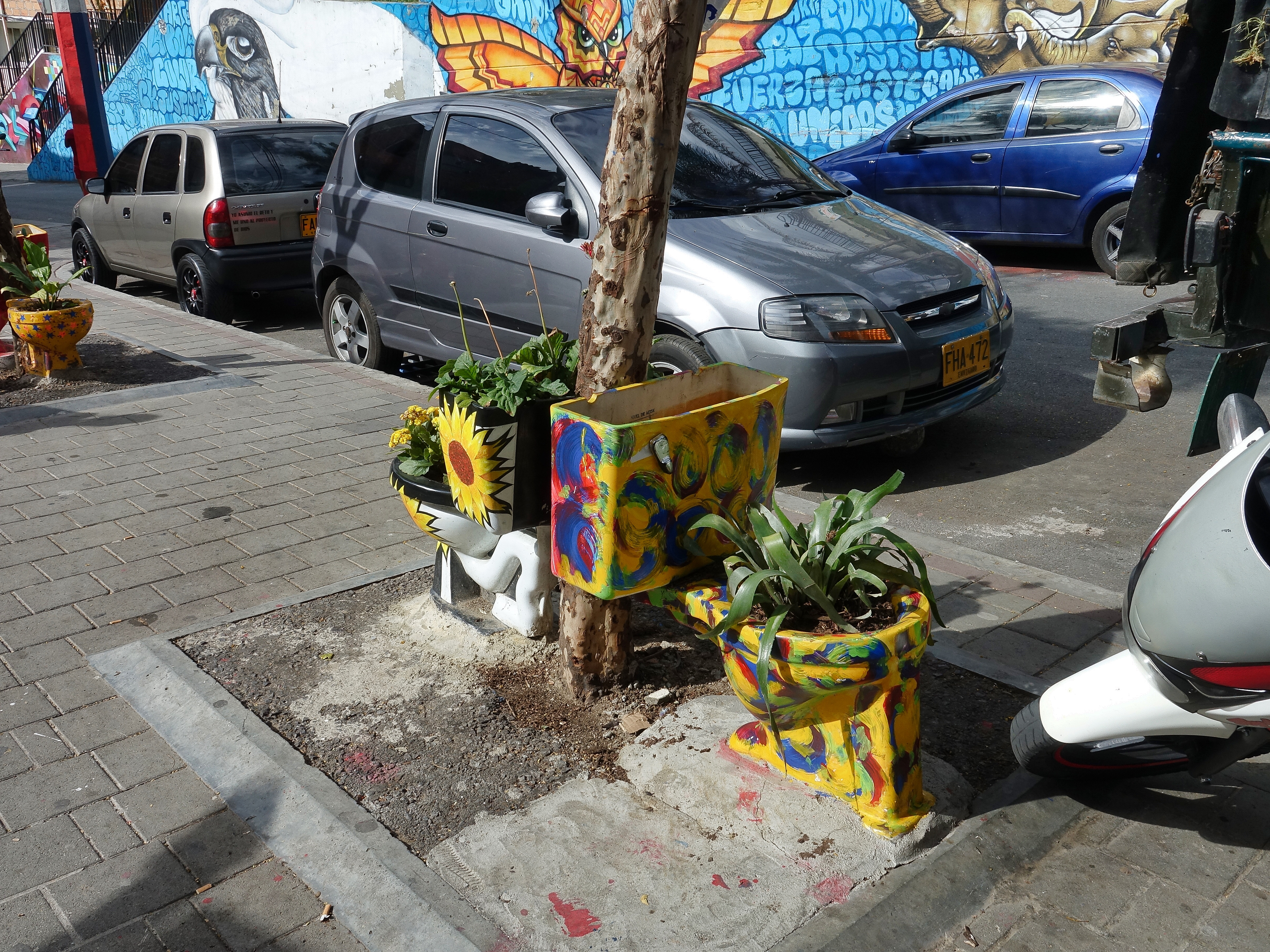 Artistic planters