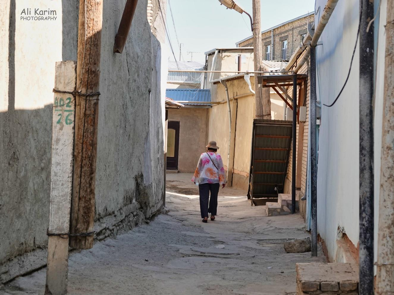 Bukhara, Oct 2019, Ancient alleyways in residential areas