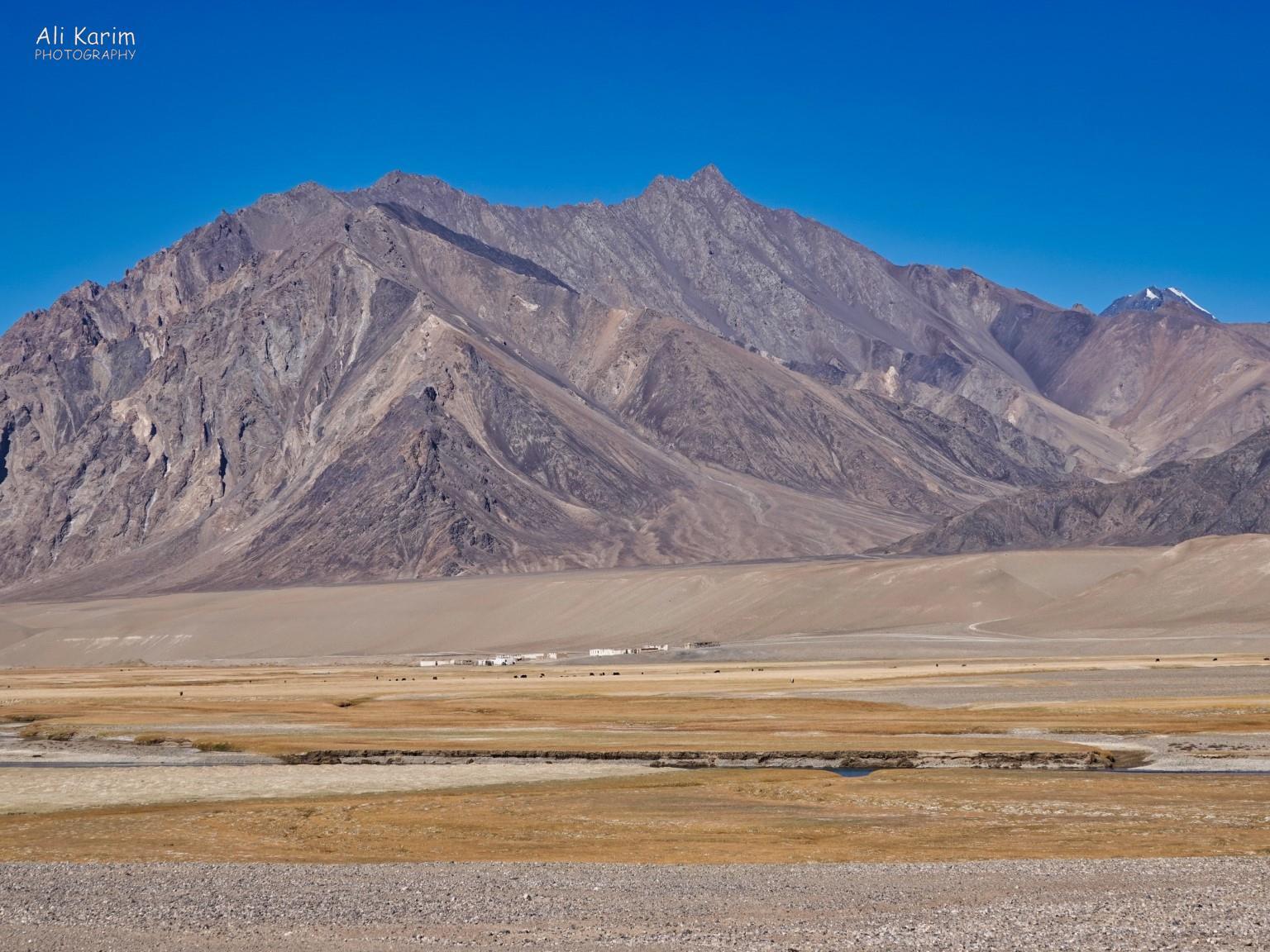 More Murghab & Alichur, Tajikistan, Remote settlement along the highway