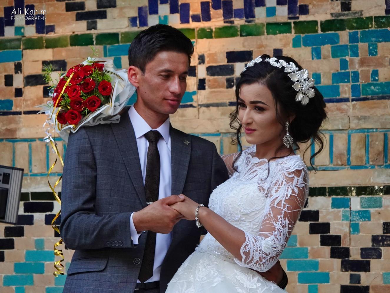 Bukhara, Oct 2019, Newlyweds on a photo shoot