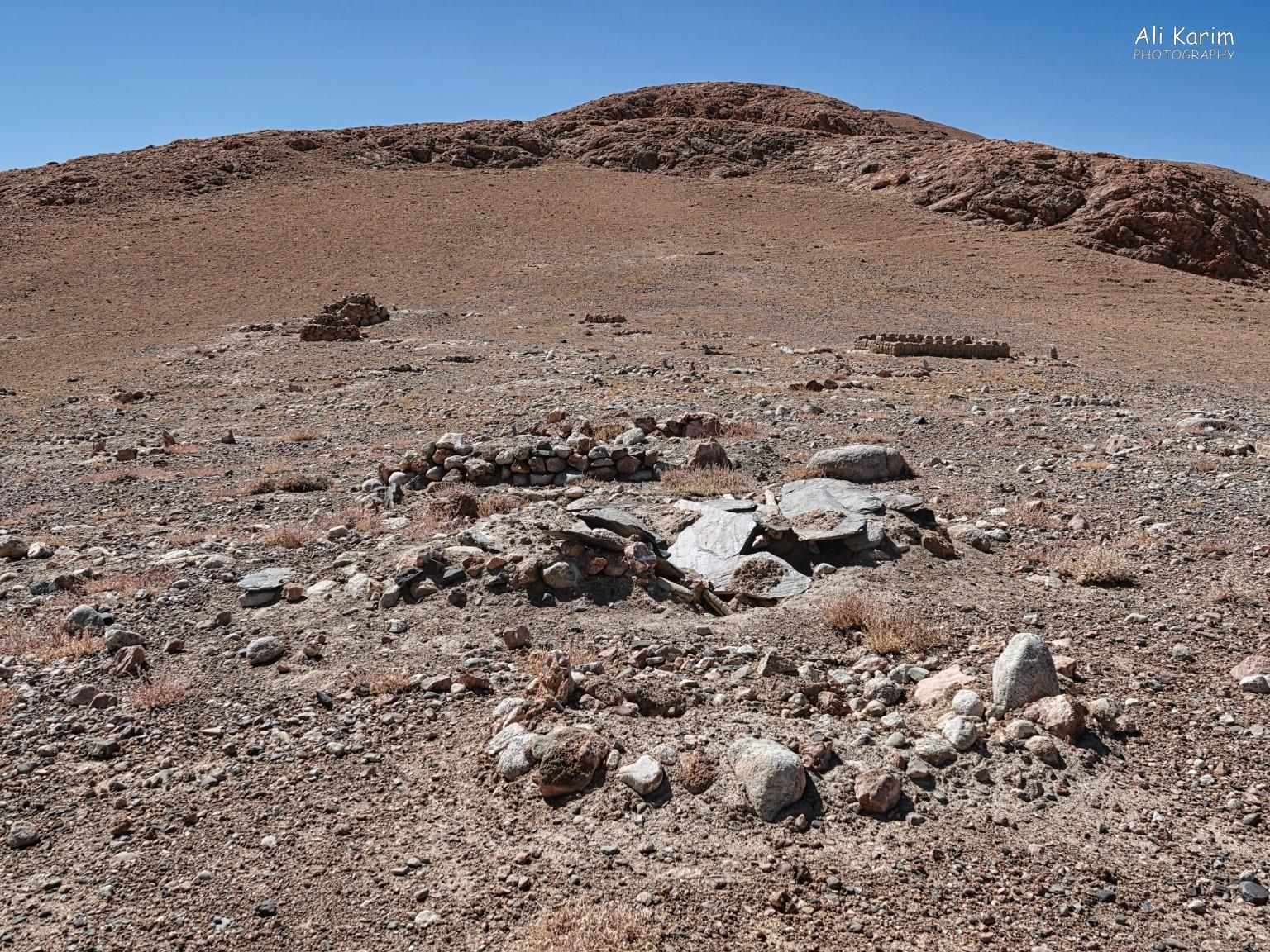 More Murghab & Alichur, Tajikistan, People do die here, & even if it is sparsely populated; this is a need for a kabrastan or graveyard