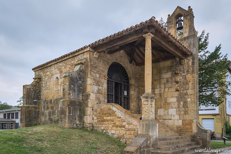 iglesia de la santa cruz Cangas de Onís