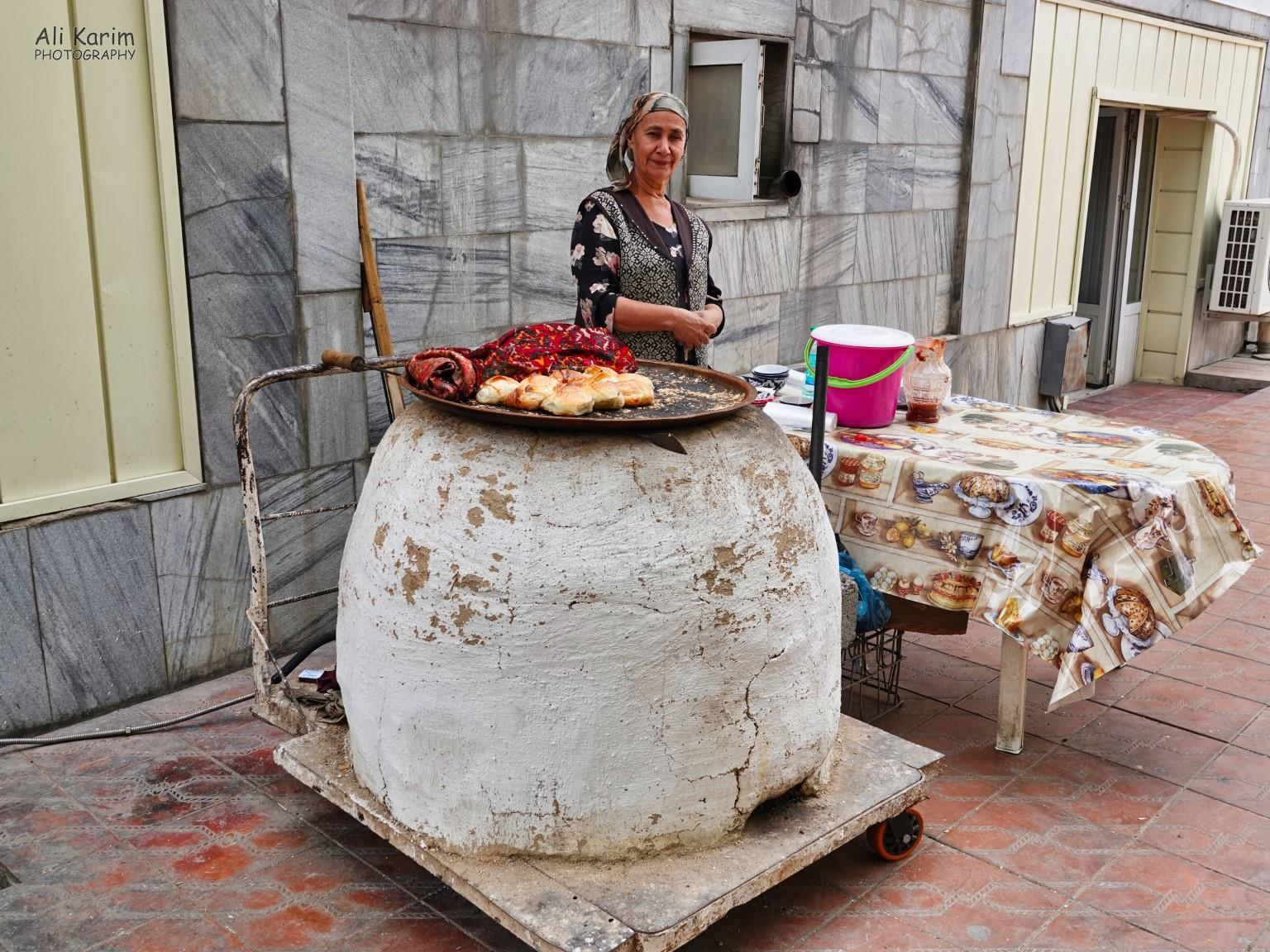 More Samarkand, Mobile tandoor, where samsa's were being baked. What a great idea