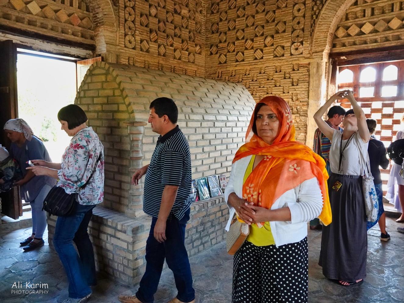 Bukhara, Oct 2019, Simple tomb inside the mausoleum of Ismoil Somoni; note the brickwork inside