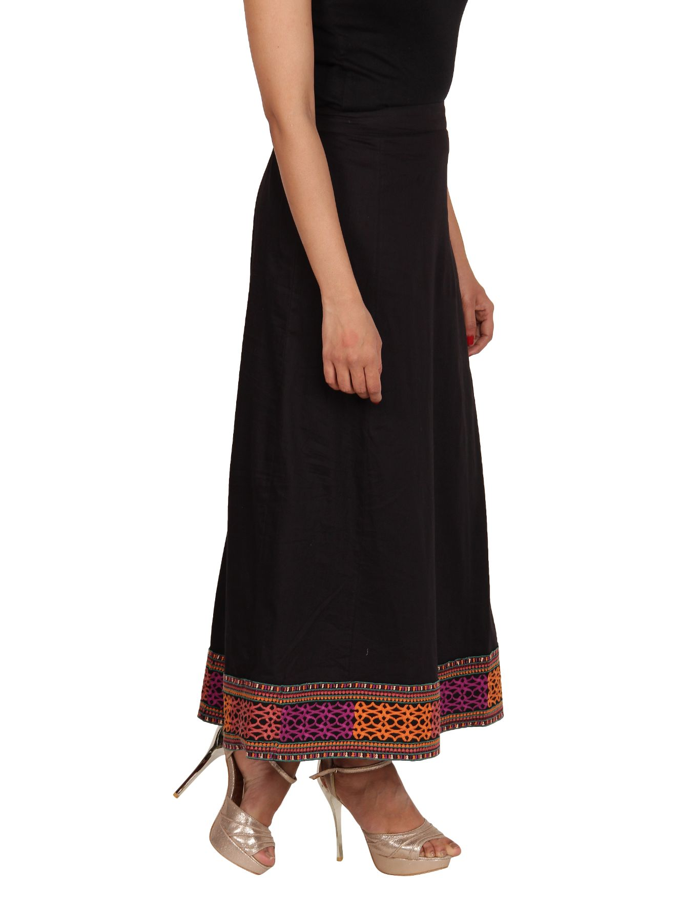 Neemrana Embroidered Border Long Skirt