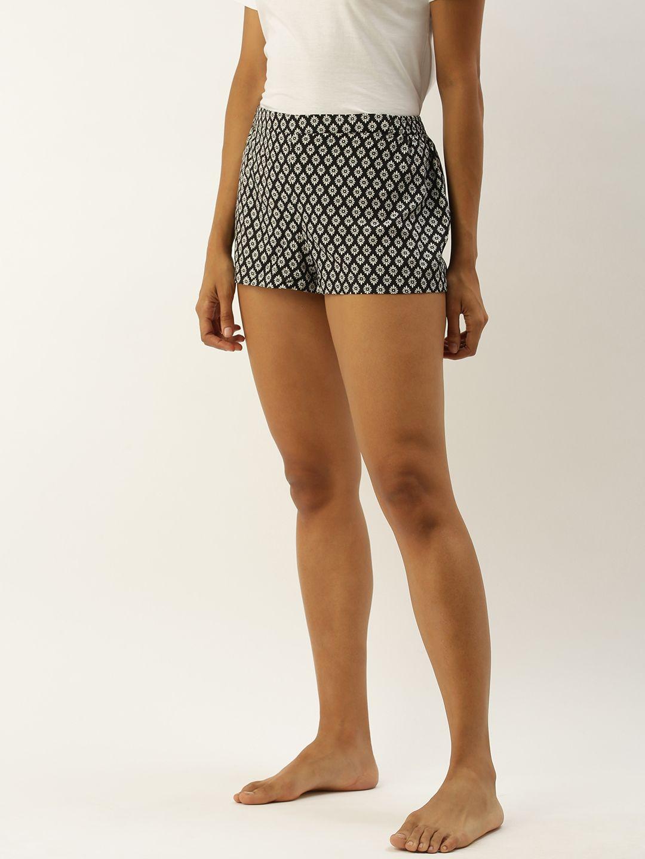 Chloe-Black Shorts